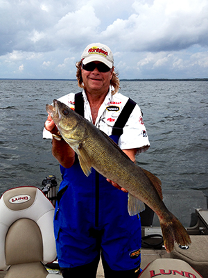 Fishing Lake Winnie walleyes